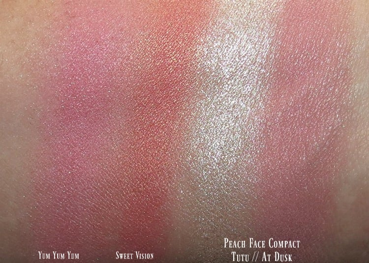 mac-nutcracker-sweet-magic-dust-powder-blush-swatches-review-swatch-pics-peach-face-compact-tutu-at-dusk