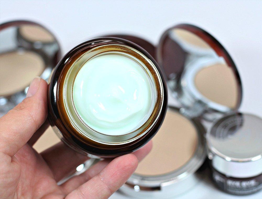 Bye Bye Redness Sensitive Skin Moisturizer by IT Cosmetics #3